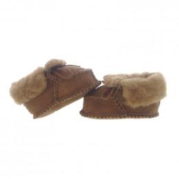 Chaussons bébé en peau d'agneau